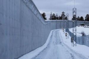 [Image: norway_prison_11.jpg]